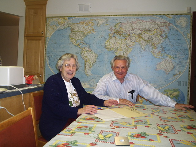Jim's parents, Peter and Audrey - who opened their home to us, and, as shown here, also took time out to plan a take over of the world, starting with the town of Yellowknife. (We love their wall map so much we're ordering one from NG for our house.) Have fun storming the castle you fun-loving retirees.